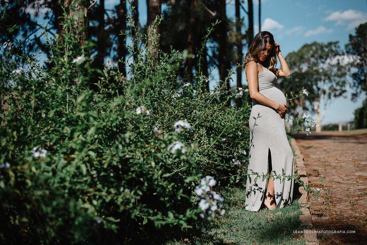 ensaio-foto-casal-gestante-gravida-mosteiro-sao-bento-vinhedo-01