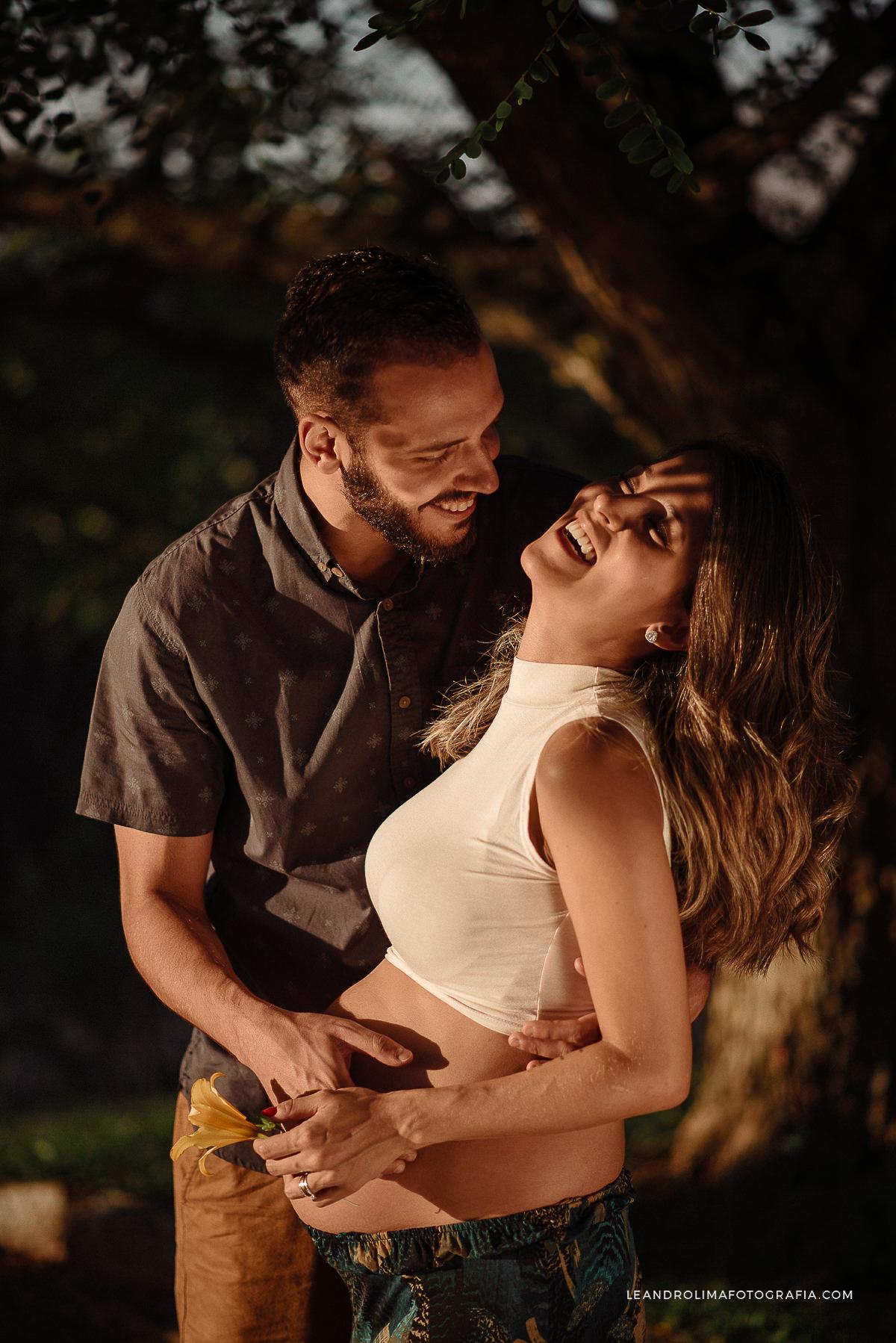 ensaio-foto-casal-gestante-gravida-mosteiro-sao-bento-vinhedo-25