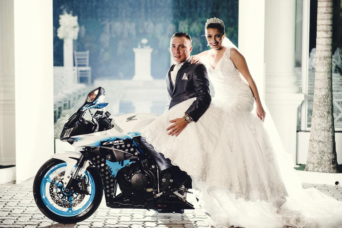 ensaio-noivos-casamento-moto
