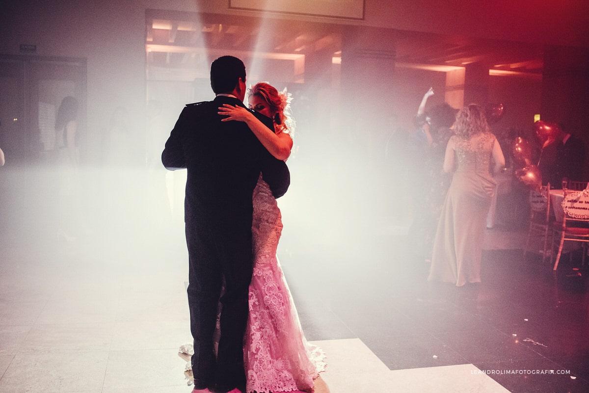 danca-noivos-casamento-classico-luxo-buffet-dellorso-vestido-renda-nova-noiva-jacques-janine-76
