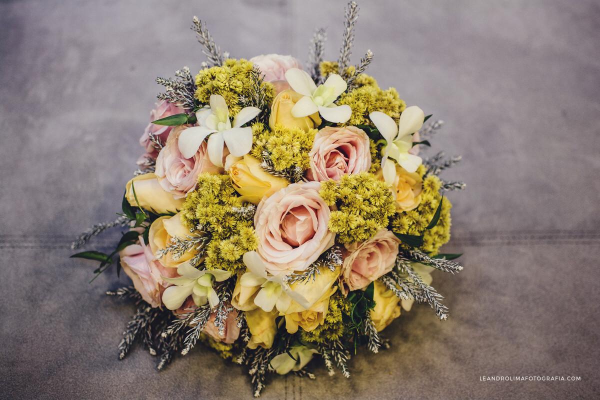decoracao-casamento-classico-luxo-buffet-dellorso-vestido-renda-bouquet-noiva-jacques-janine-05