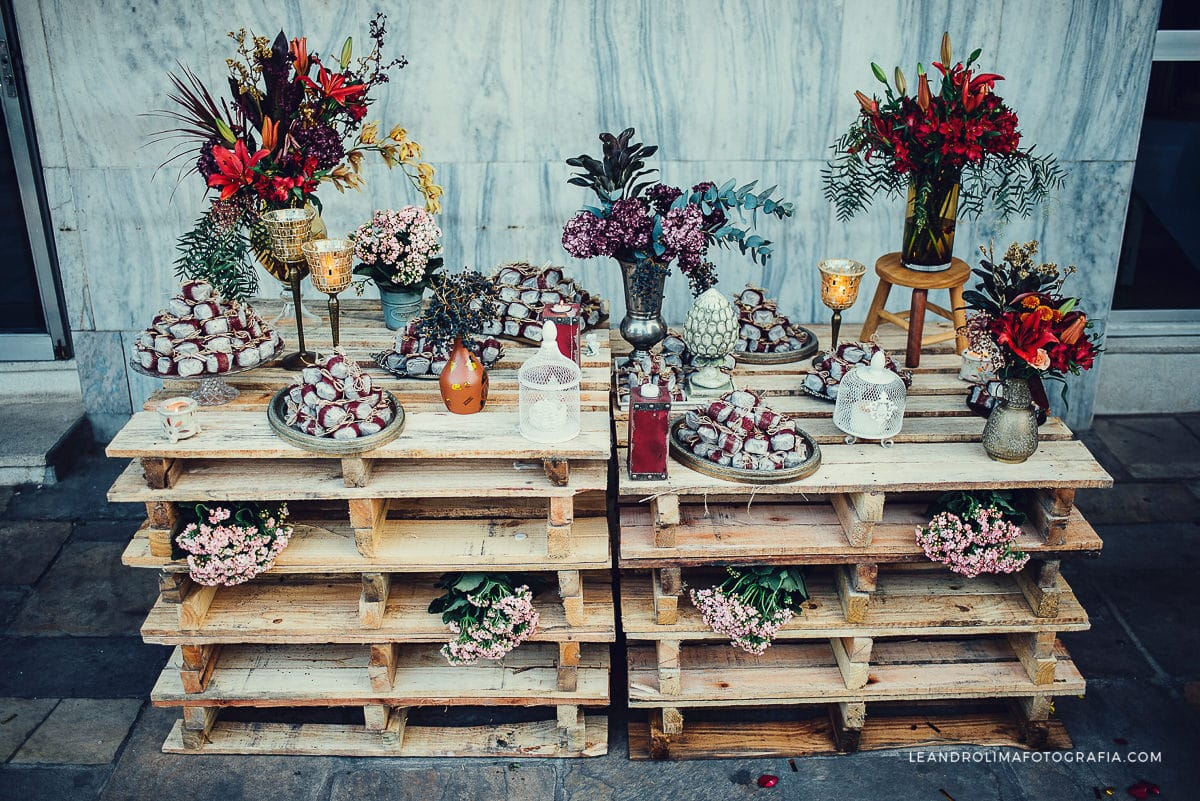wedding ideas using pallets decoracao casamento boho chic palete pallet 41 fot 243 grafo 28338
